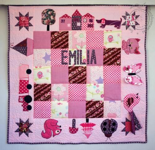 Roosa mängutekk Emilia